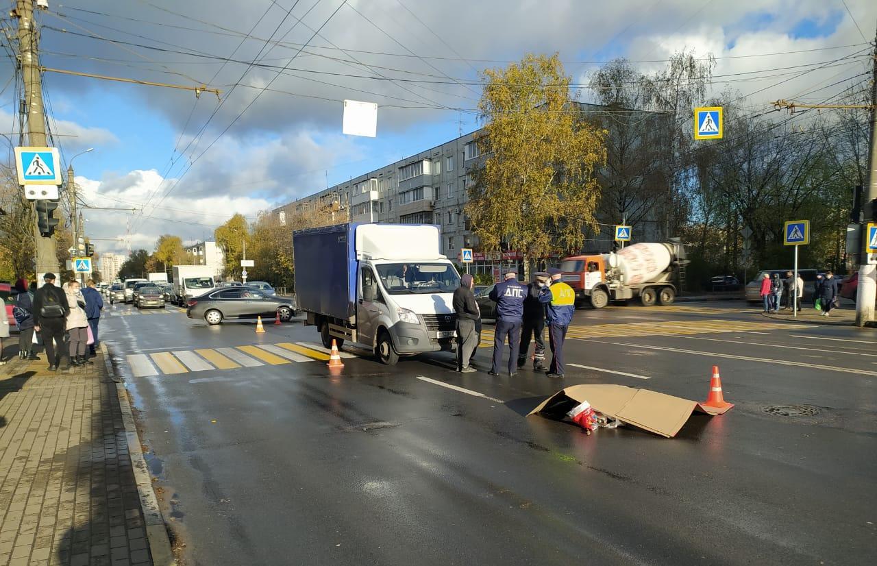 В Твери на Волоколамском проспекте водитель ГАЗели насмерть сбил пешехода - новости Афанасий