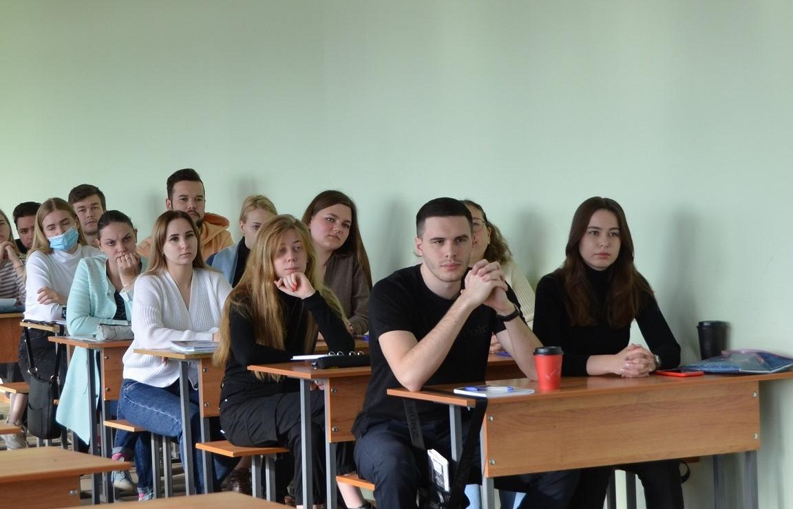 Тверские полицейские рассказали студентам о порядке поступления на службу в ОВД - новости Афанасий