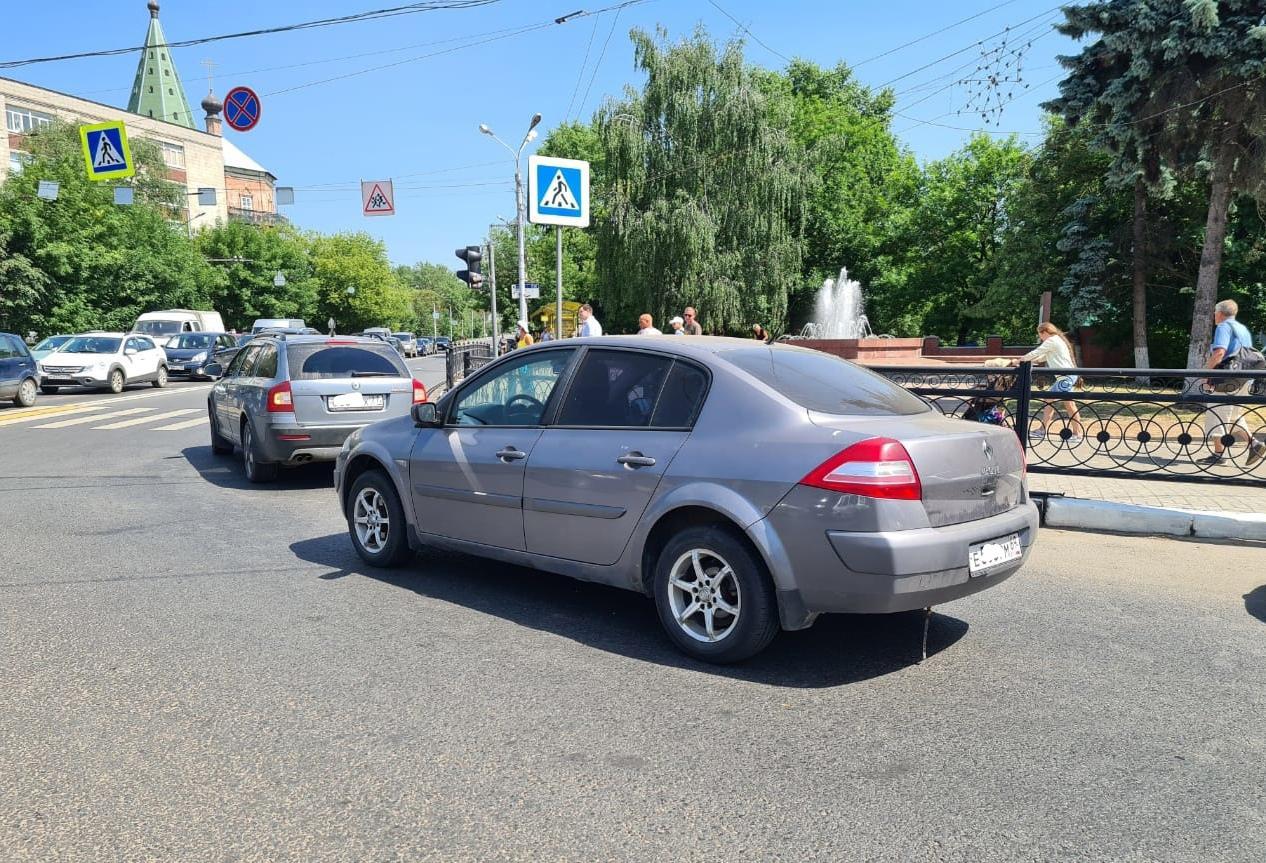 Ребенок пострадал в столкновении двух легковушек в Заволжском районе Твери