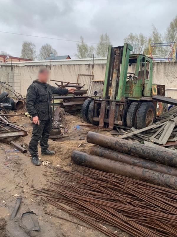 Житель Твери украл и сдал в металлолом автопогрузчик и бетономешалку