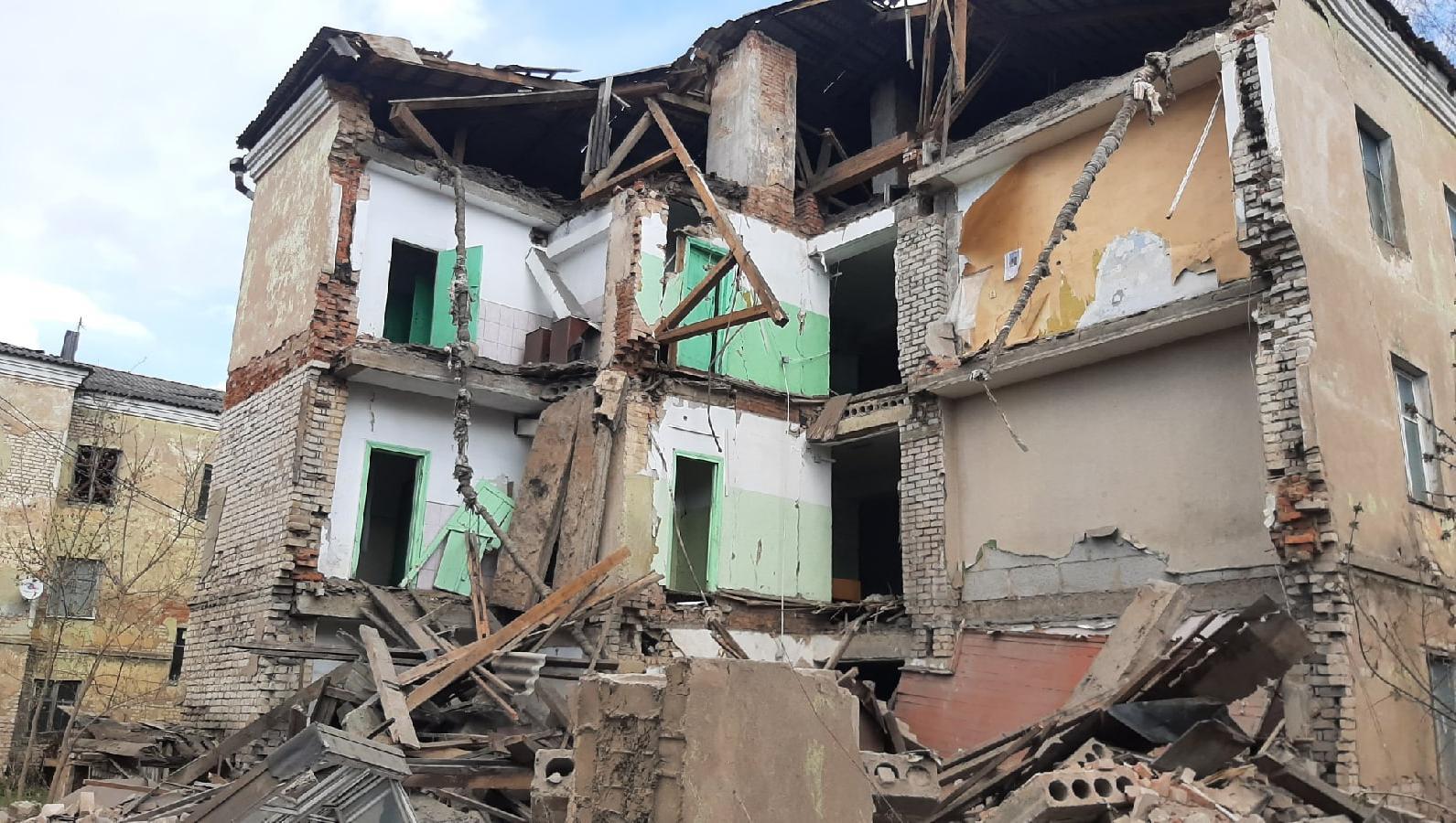 Ситуация с обрушением части нежилого здания в Ржеве находится на контроле