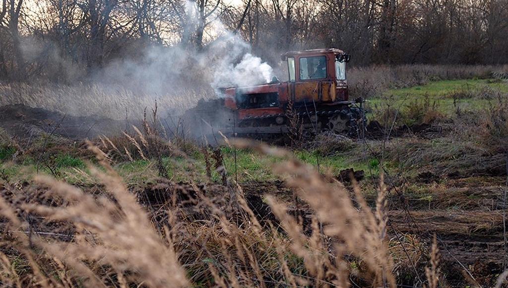 В Кимрах расчищают территорию для начала работ по очистке устья реки Кимрки