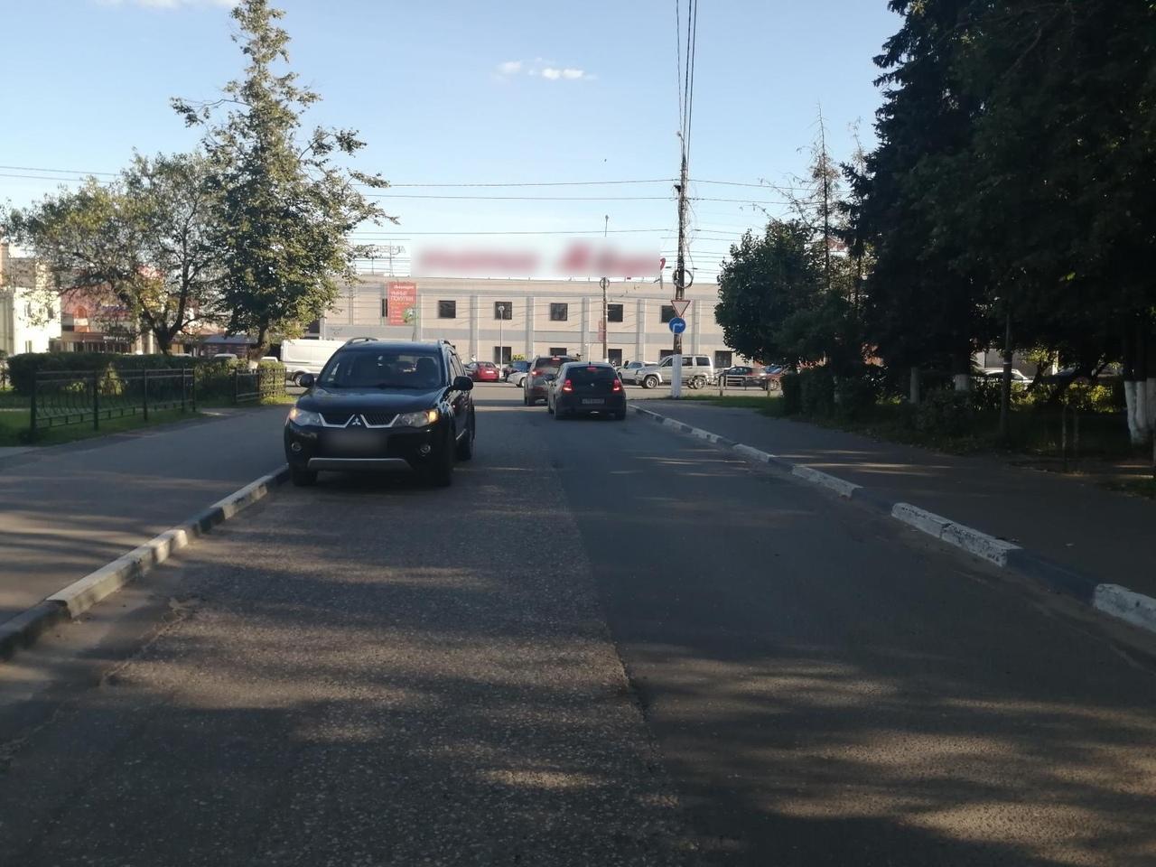 В Твери водитель иномарки сбил 11-летнего ребенка - новости Афанасий