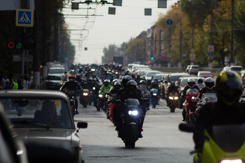 Деревенские гонки и мотоджимхана: мотоциклисты подводят итоги года в Тверской области