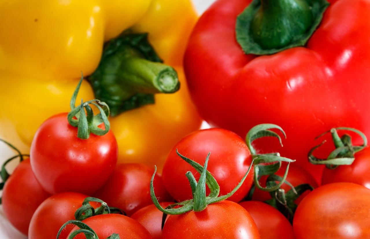 Россельхознадзор с 4 декабря 2020 года запретил ввоз томатов и перца из Навоийской области Республики Узбекистан - новости Афанасий