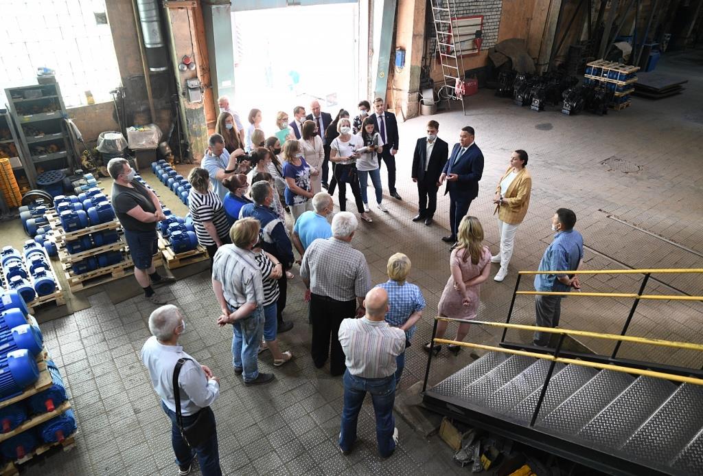 Игорь Руденя посетил завод «Автоспецоборудование» и пообщался с рабочими