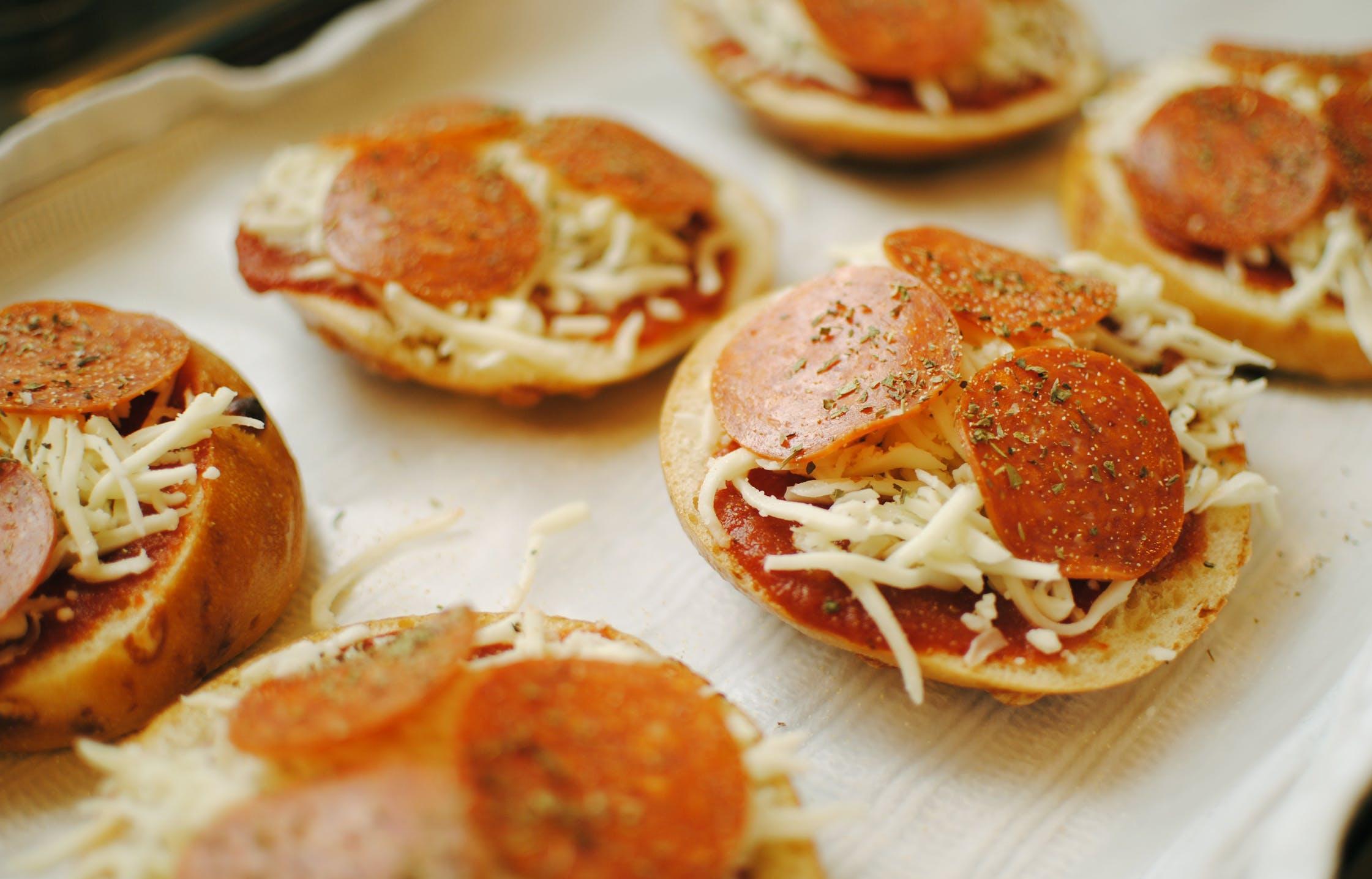 Бутерброды с колбасой дорожают в Тверской области - новости Афанасий