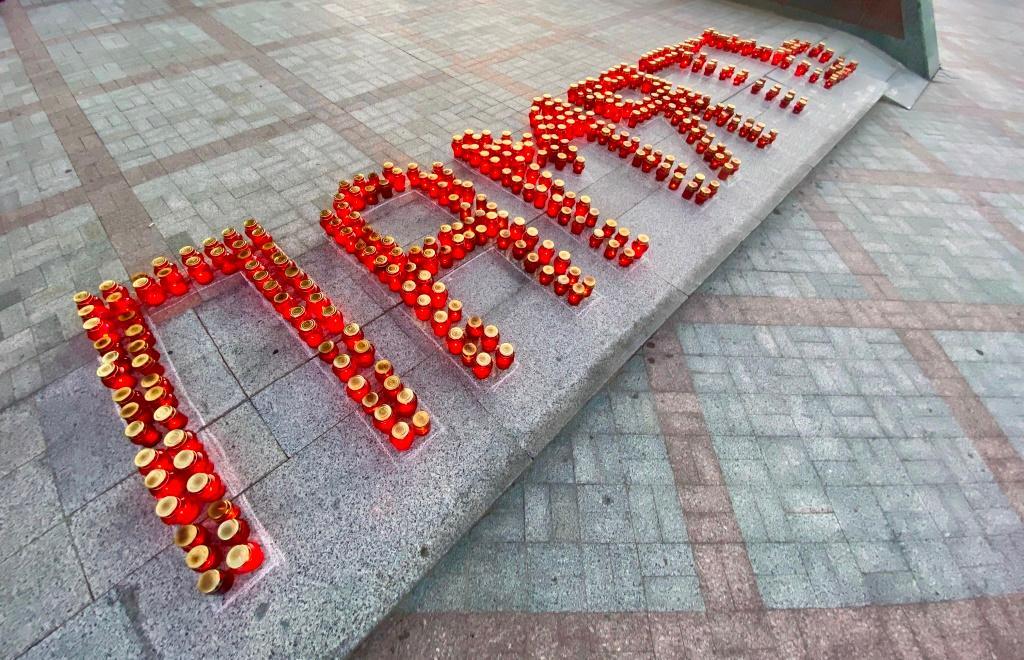 В Твери зажгли свечи и Обелиск Победы в честь погибших в войне - новости Афанасий