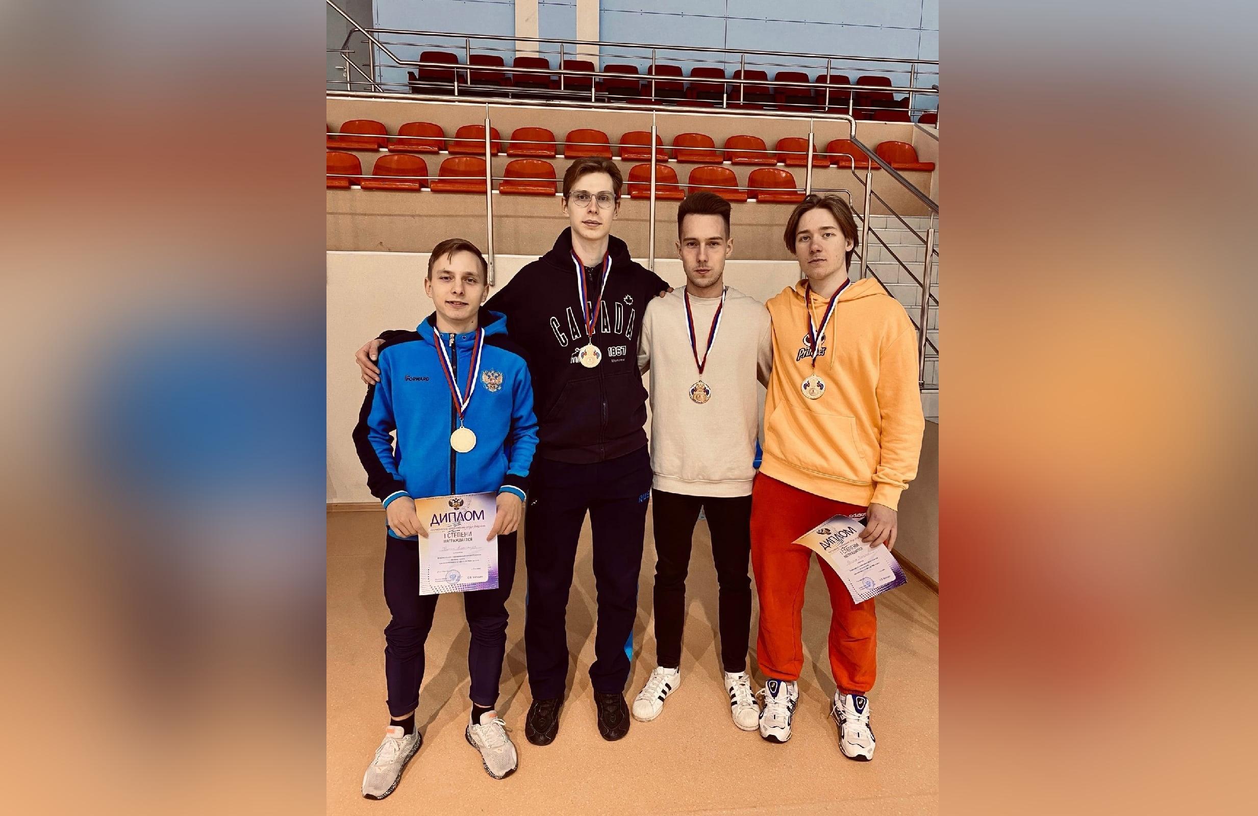 Студент ТвГТУ завоевал золото Всероссийских соревнований по шорт-треку - новости Афанасий