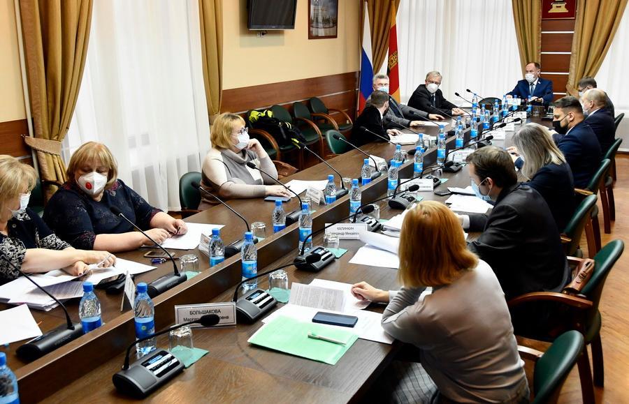 Комитет по социальной политике Законодательного Собрания Тверской области провел заседание - новости Афанасий