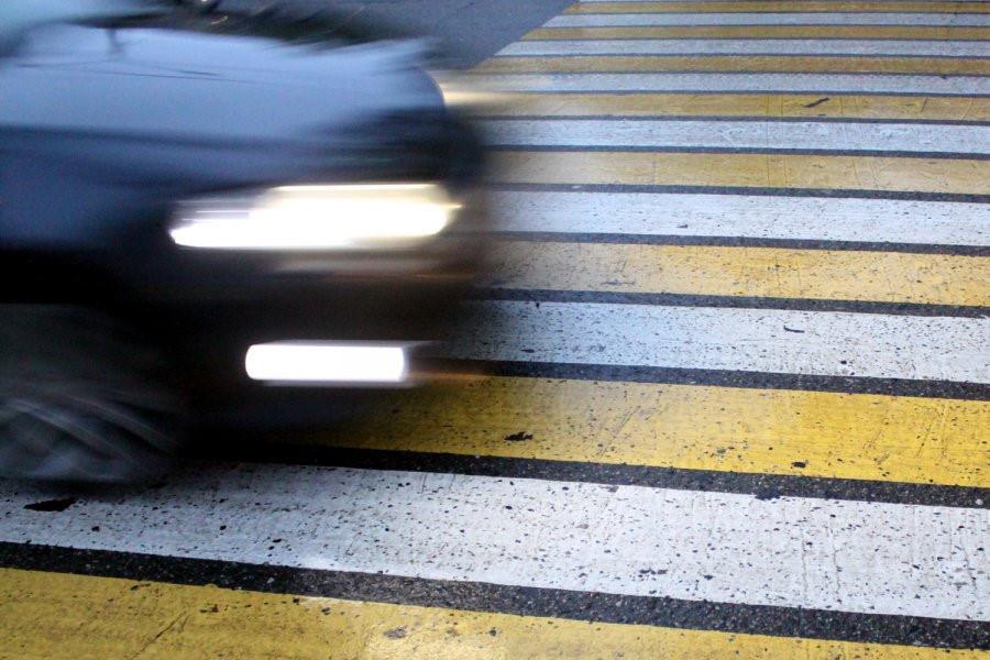 В Тверской области водитель автомобиля пытался объехать пешехода и сбил другого - новости Афанасий