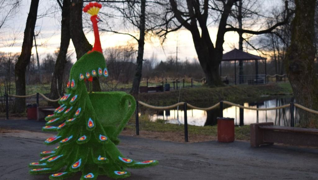 В Тверской области у зеленого лося появилась компания – зеленая жар-птица - новости Афанасий