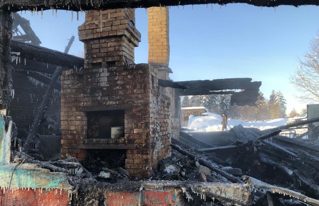 Мужчина погиб на пожаре в Тверской области  - новости Афанасий