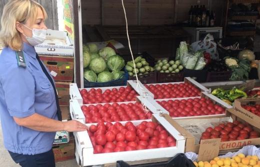 В Торжке проверили продукцию на рынке - новости Афанасий