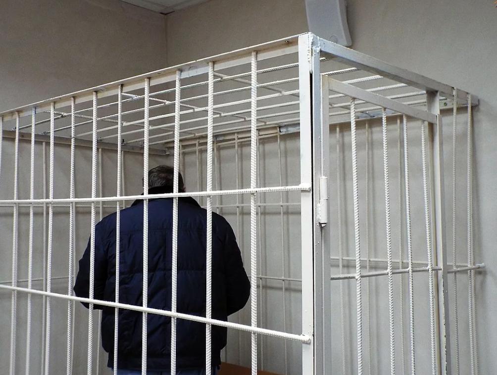 В Тверской области подсудимый порезал себя в зале суда