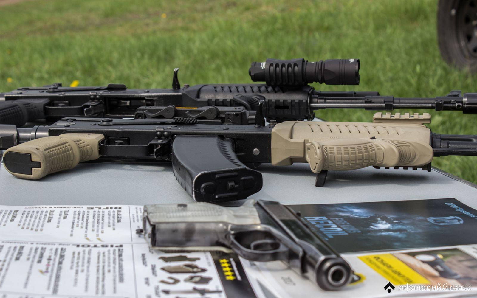 В Госдуме РФ предложили сажать на 20 лет за продажу оружия - новости Афанасий