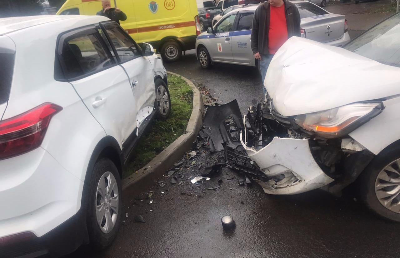 На Петербургском шоссе в Твери ДТП с двумя автомобилями, есть пострадавший - новости Афанасий