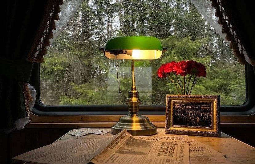 ВТБ обеспечил оплату экскурсий во время поездки на ретропоезде «Рускеальский экспресс»