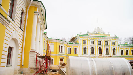 Ремонт Путевого дворца завершен на 75% / фоторепортаж