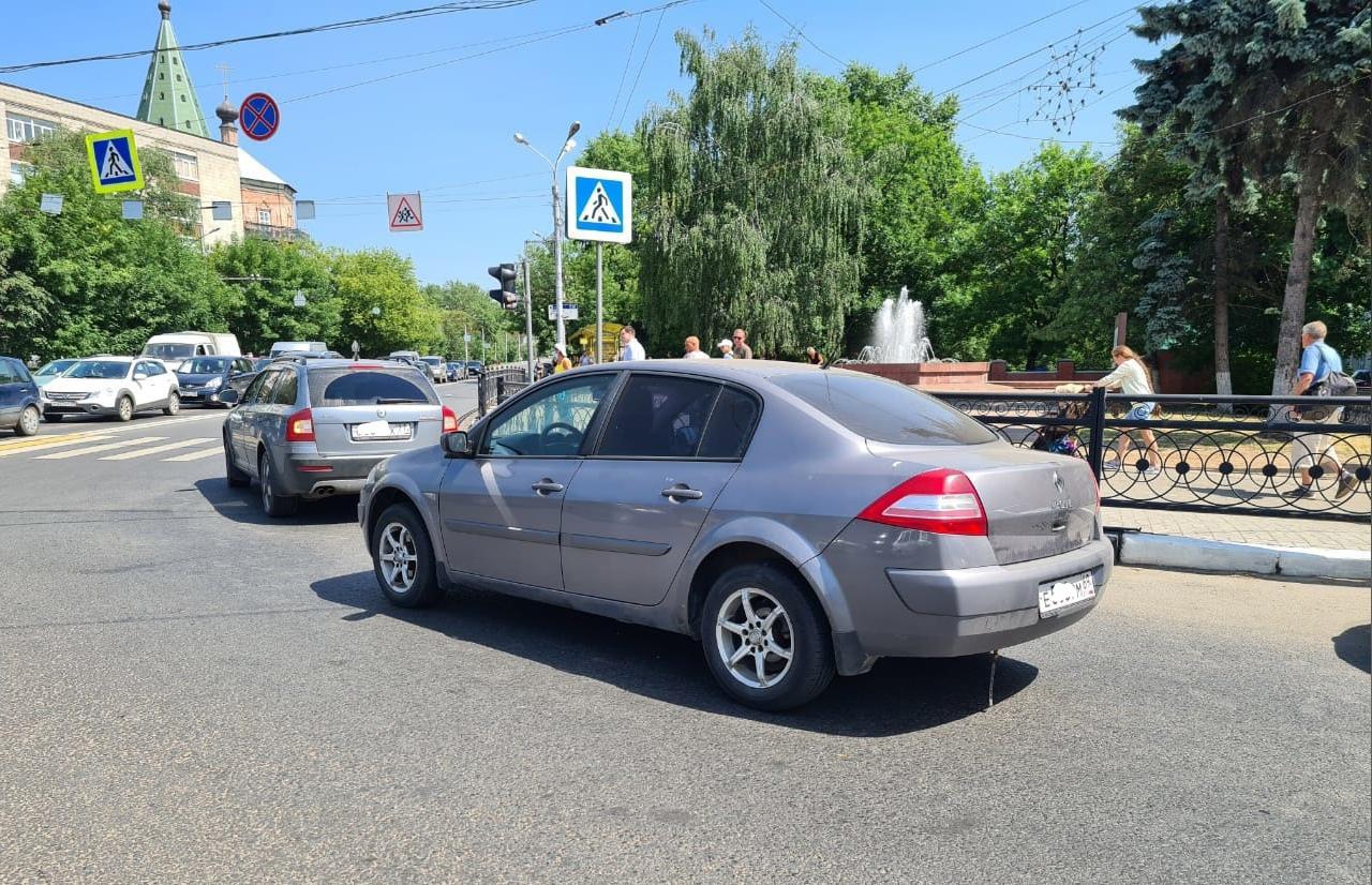 Ребенок пострадал в столкновении двух легковушек в Заволжском районе Твери - новости Афанасий