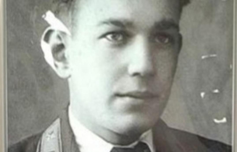 В Твери в память о совершившем таран немецкого самолета герое-летчике посадили «Лес Победы» - новости Афанасий