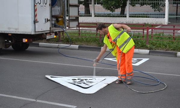 На следующей неделе в Твери начнут обновлять разметку на дорогах