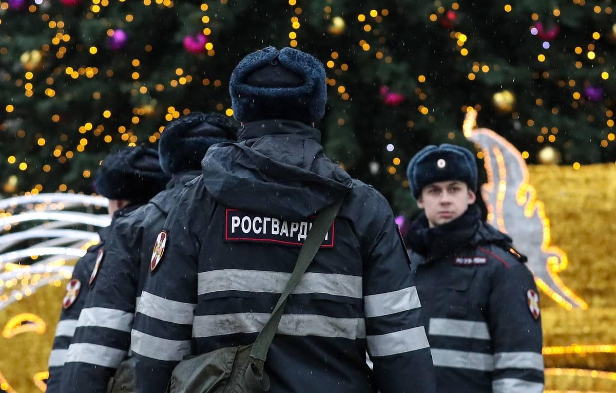 Больше 100 сотрудников Росгвардии будут следить за порядком в Тверской области в новогодние праздники  - новости Афанасий