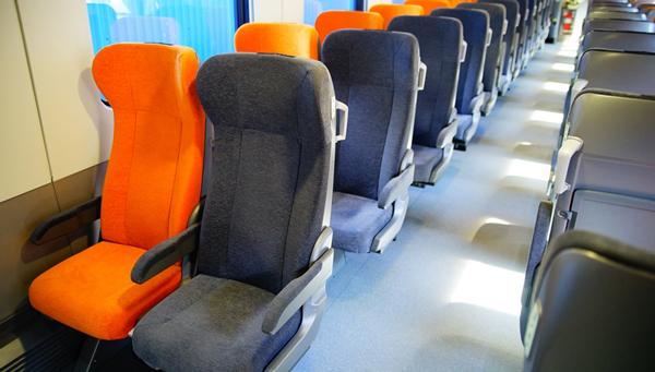 Пассажиры высоко оценили комфорт поездов, вагоны для которых делает ТВЗ