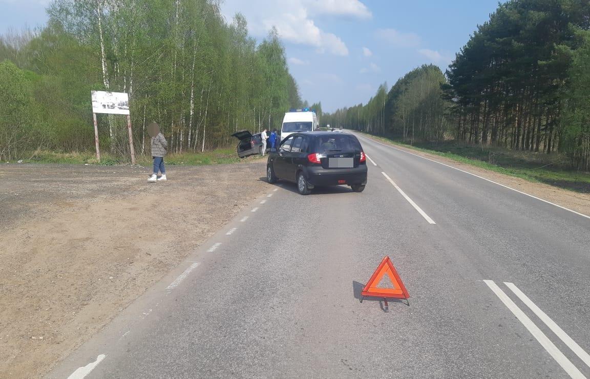 На дороге под Тверью водитель кроссовера спровоцировал ДТП с пострадавшим - новости Афанасий