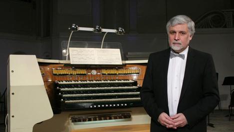 В тверской «музыкальной осени» выступит один из лучших органистов России Александр Фисейский