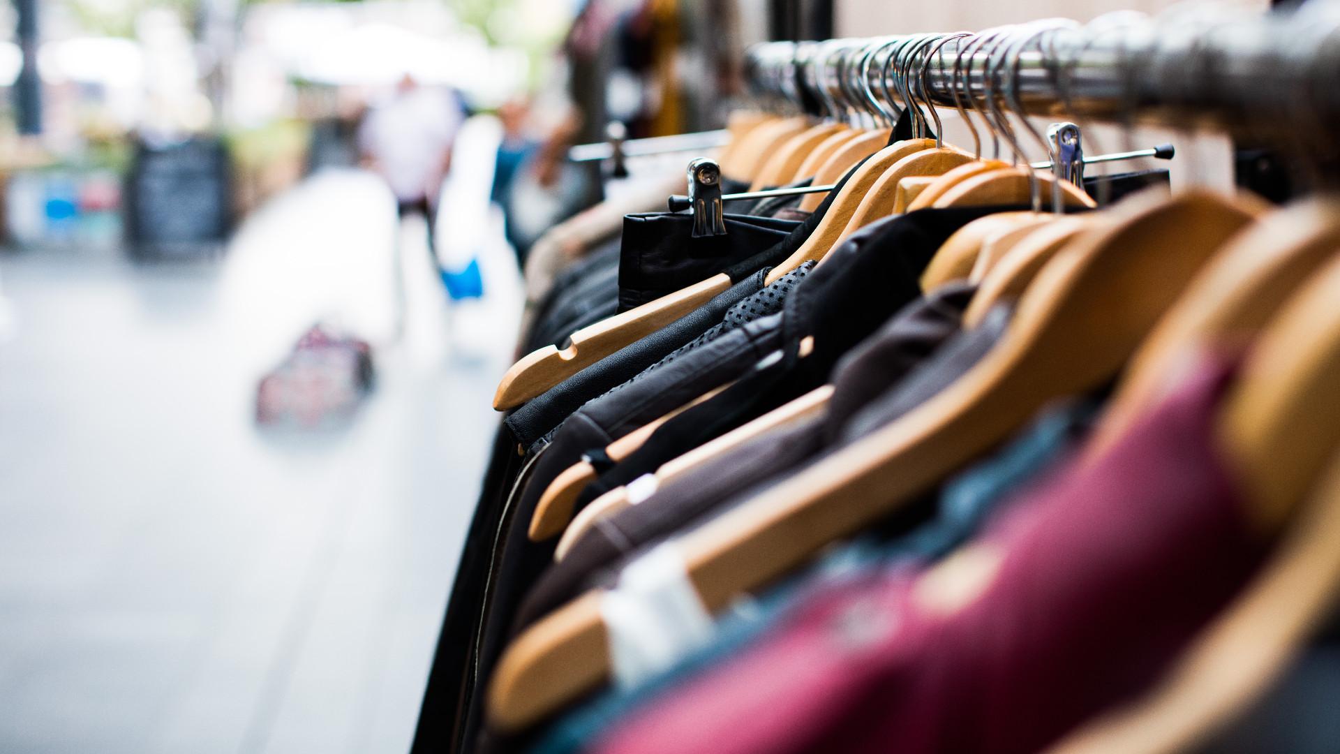 В Твери пара попалась на краже одежды из магазинов
