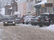Наиболее актуальные для Бежецка дорожные проблемы – очистка от снега и разрушение асфальтового покрытия большегрузами