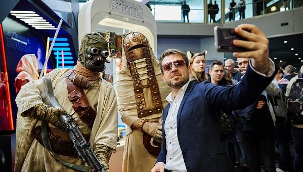 Игромир и Comic Con Russia 2019. Увидеть косплей, узнать, что Кодзима — гений, и поболеть за Тайкуса Финдли из Твери