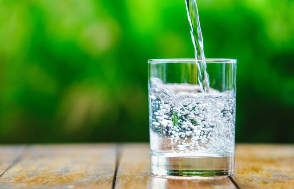 Питьевая вода в Тверской области стала лучше, но не намного - новости Афанасий