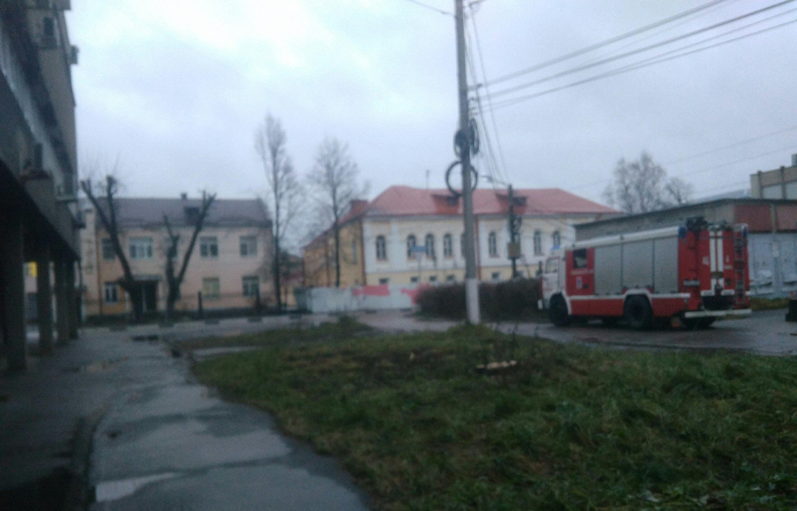 Экстренные службы съехались по тревоге в Главпочтамт Твери - новости Афанасий