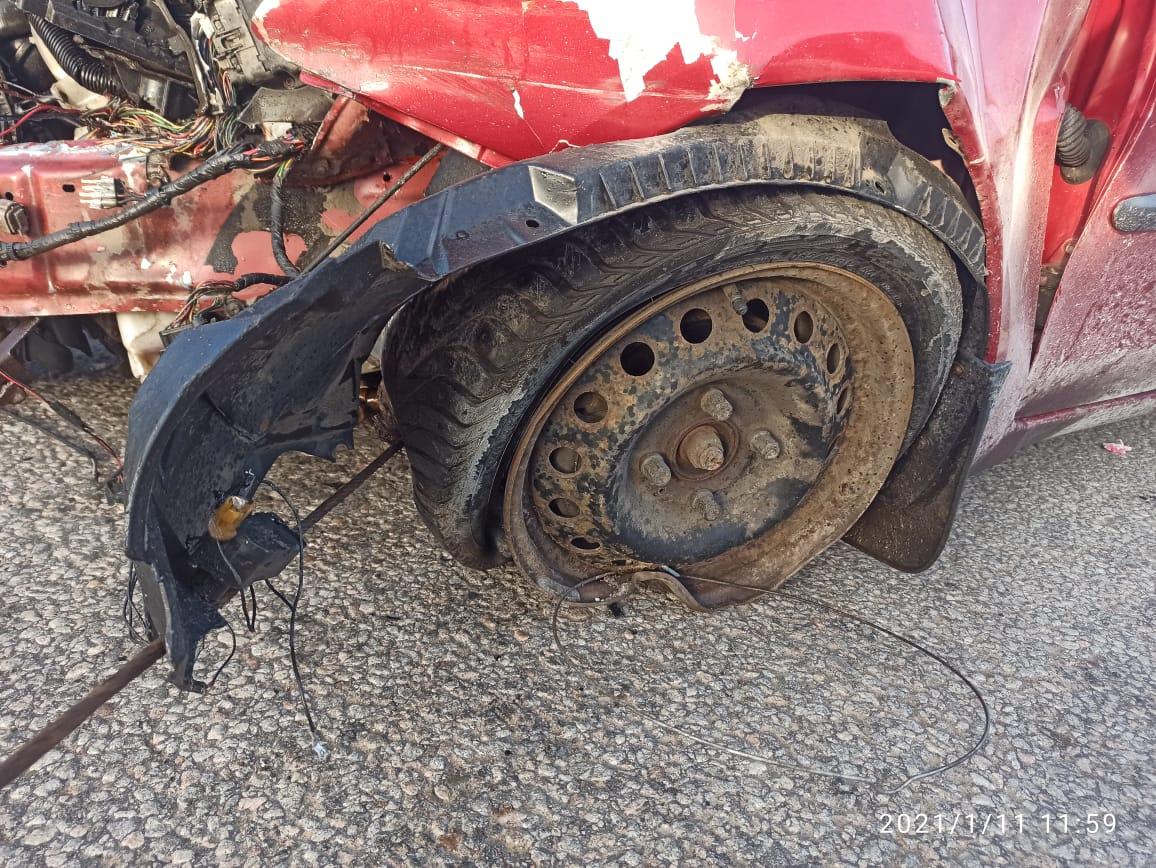 В Тверской области ребенок пострадал в машине, у которой на ходу взорвалось колесо