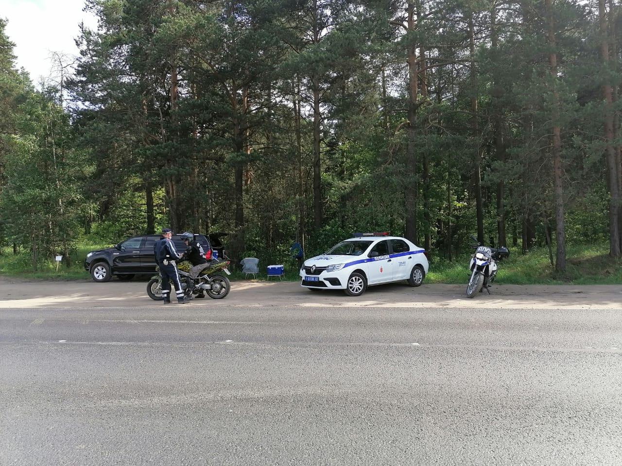 Под Тверью автоинспекторы ловили нарушителей среди отдыхающих - новости Афанасий