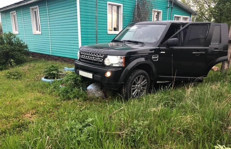 Угонщика Land Rover Discovery стоимостью 3 млн рублей задержали в Тверской области - новости Афанасий