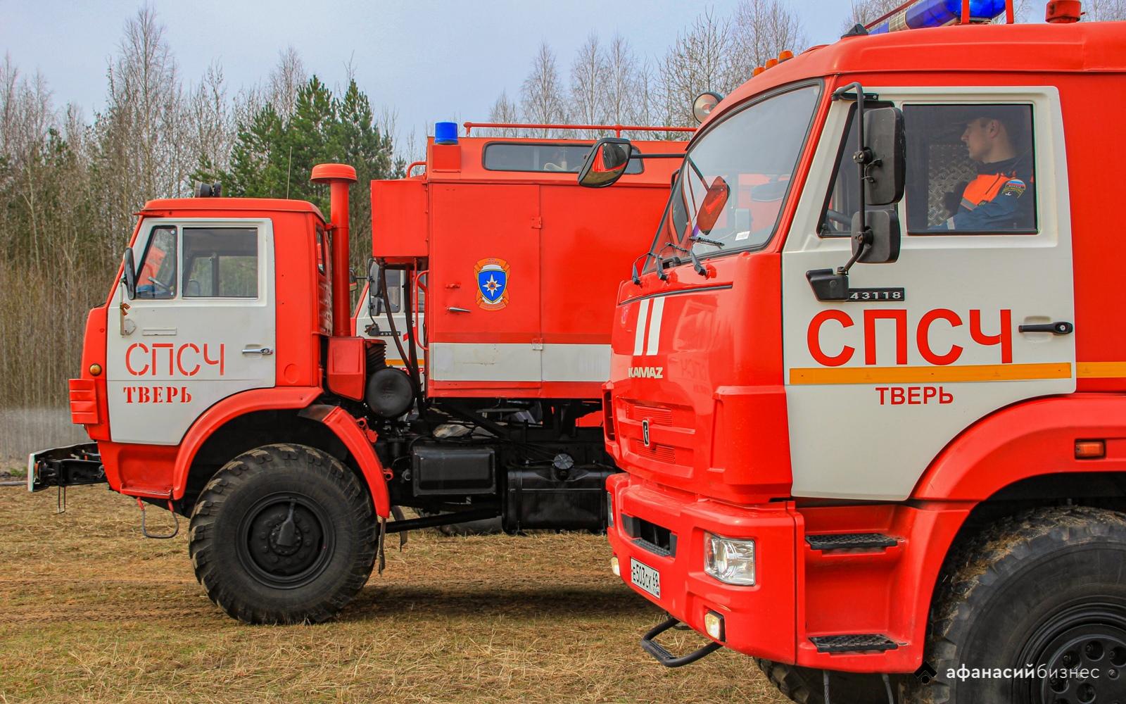 В деревне Тверской области сгорело четыре строения