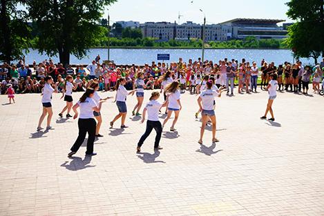 Молодежное движение «Улицы» проведет танцевальный концерт в честь Дня знаний