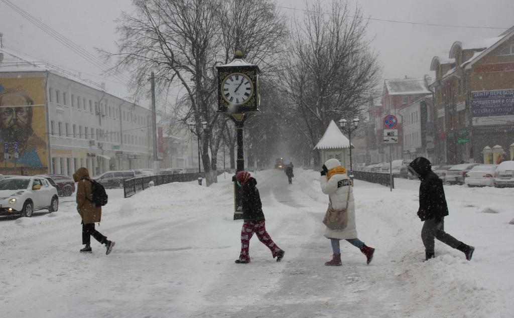 Снегопад в Твери 13 февраля 2021 года