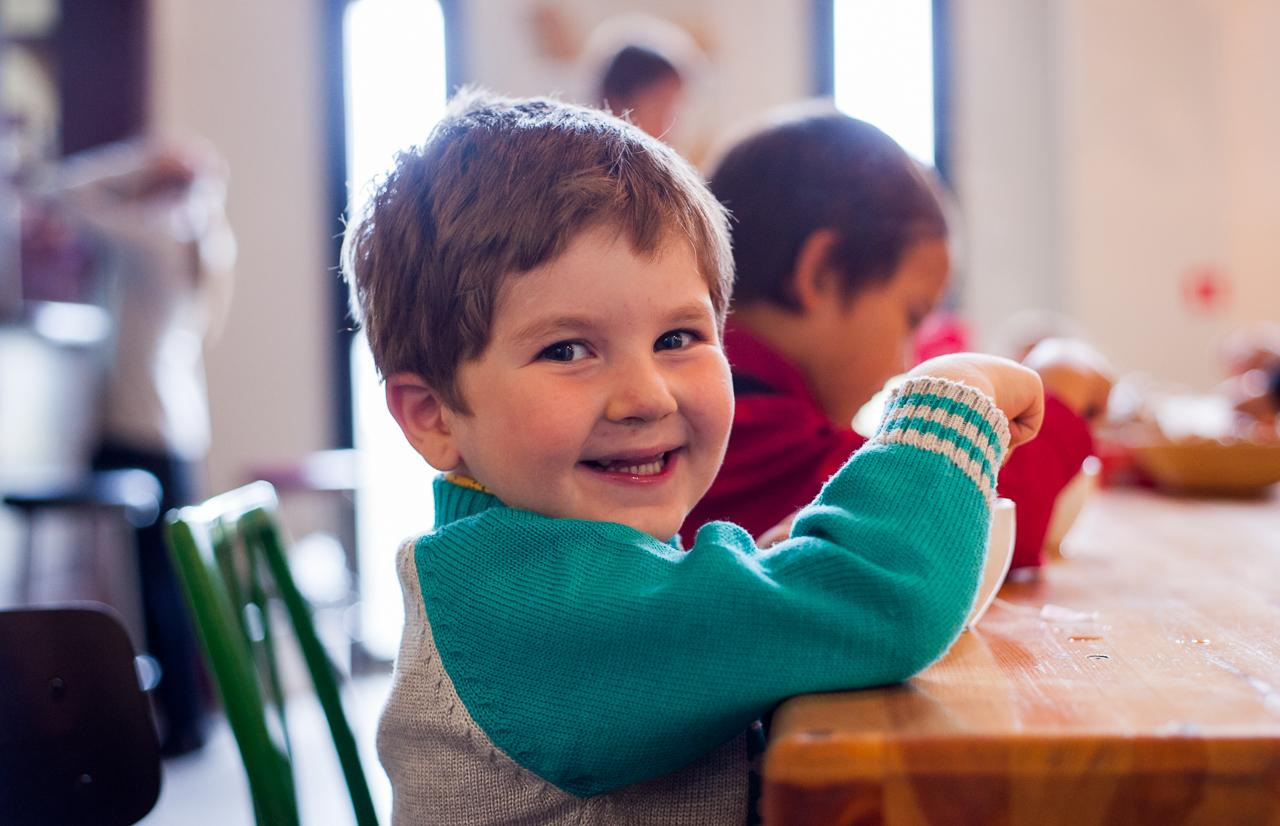 В Тверской области приняты дополнительные льготы для детей-сирот - новости Афанасий