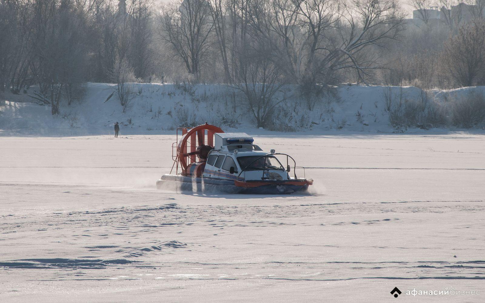 За минувшие выходные в Тверской области несколько человек провалились под лед, один погиб