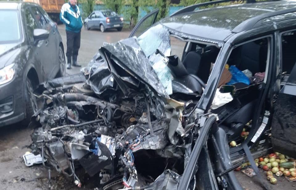 В массовом ДТП в Тверской области погиб водитель легковушки и пострадал его пассажир - новости Афанасий