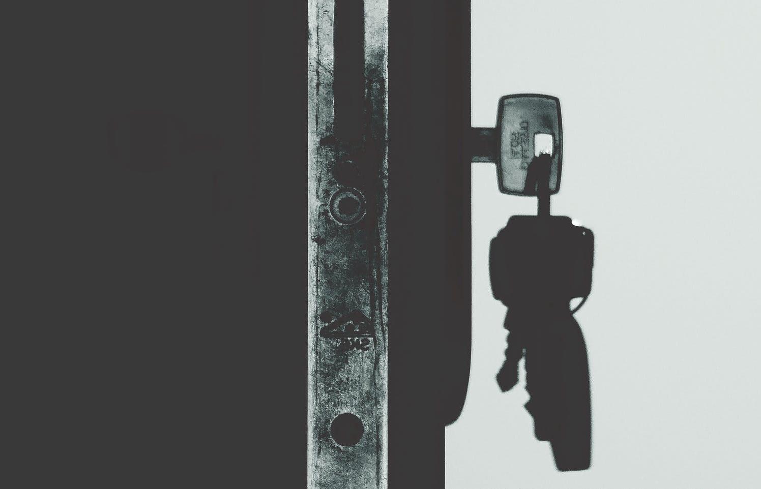 В Тверской области стали чаще арестовывать недвижимость и участки - новости Афанасий