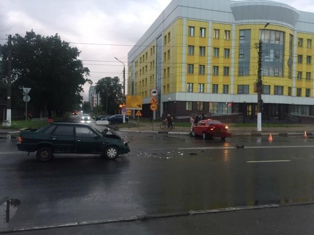 В Твери водитель сбежал с места ДТП с пострадавшим - новости Афанасий