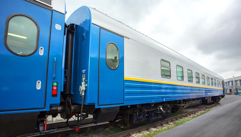 Первая партия тверских вагонов досрочно отправилась в Казахстан
