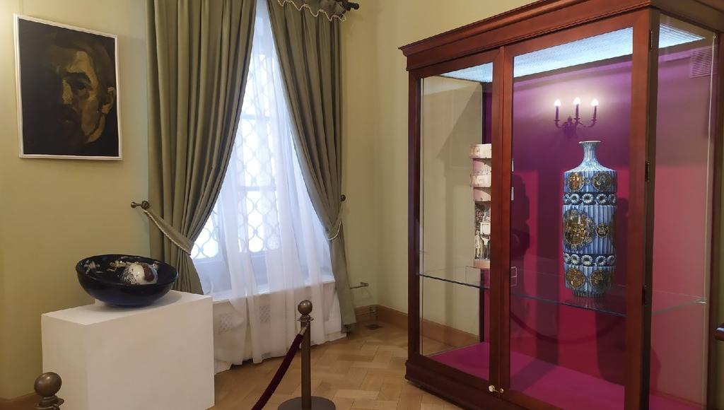 Выставка художественного фаянса Николая Коковихина открылась в Твери - новости Афанасий