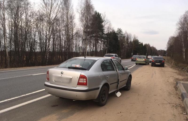 На трассе в Тверской области задержали водителя с большой партией наркотиков - новости Афанасий