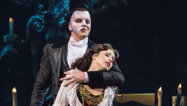Еще год легендарный мюзикл «Призрак оперы» будет доступен для просмотра всем жителям России